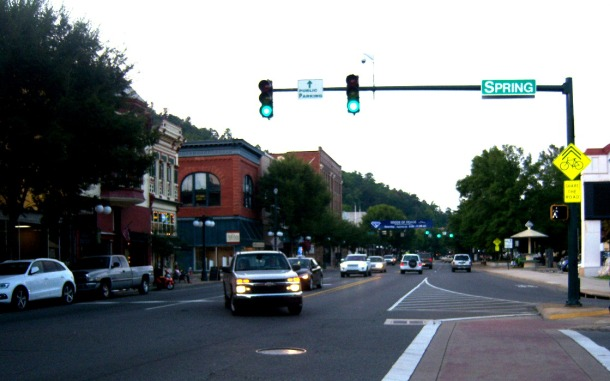 Downtown - Bath House Row - Shopping and places to eat - Hot Springs, Arkansas