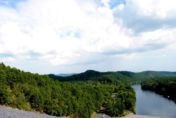 2014.09.21-River from Lake Ouachita DamHot Springs 036 (2)